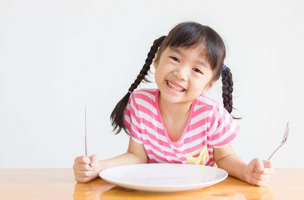 6 Nutrisi Penting dan Penerapan Pola Makan Pertumbuhan Anak