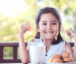 Kenapa Si Kecil Perlu Minum Susu Setiap Hari?