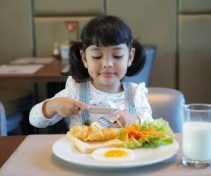 3 Sumber Nutrisi Penting untuk Tingkatkan Daya Tahan Tubuh Anak