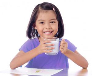 Apa, sih, Pentingnya Memberi Susu Formula Sebagai Nutrisi Tambahan Pada Anak?