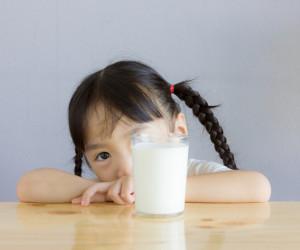 Bolehkah Susu Formula Disimpan di Kulkas? Berikut Jawabannya!