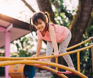 Cara Melatih Kecerdasan Kinestetik Anak sesuai Usianya